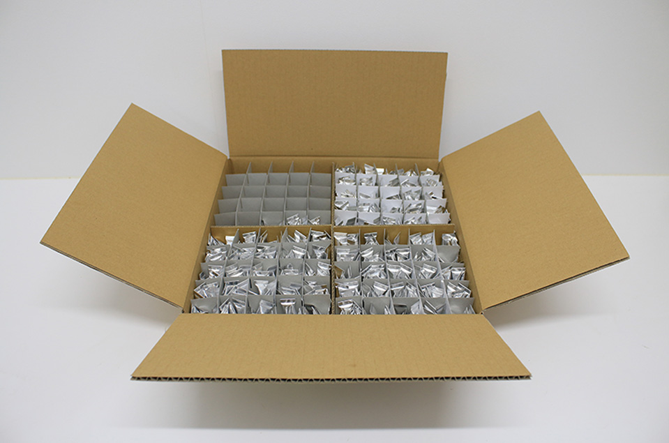 Carton box with special separations to protect aluminum tubes in transportation